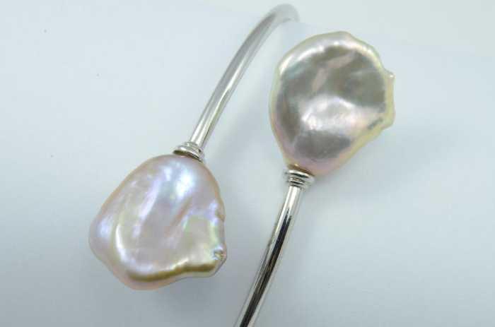 Armreif Silber mit Keshiperlen