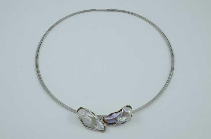 Collier mit Barock Süßwasserperlen in Silber gefasst